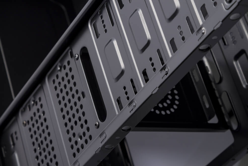 Czarna budowa komputera full tower